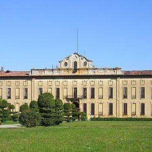 Villa Arconati Crivelli - Il Castellazzo di Bollate: Facciata Sud e Parterre delle Ballerine