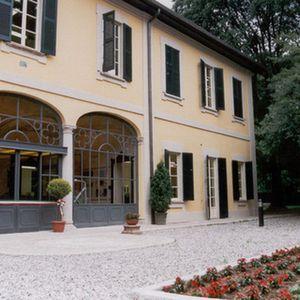 Villa Verzolo Monzini, biblioteca comunale di Senago